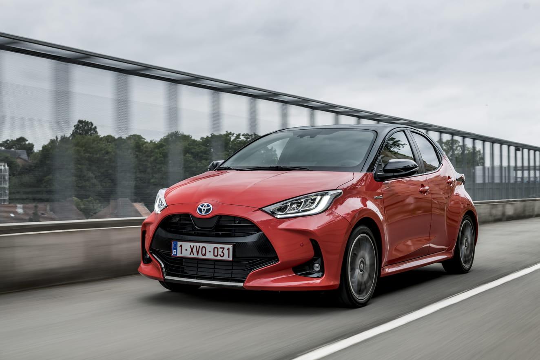 Toyota-YarisHybrid-2021-review | LeasePlan