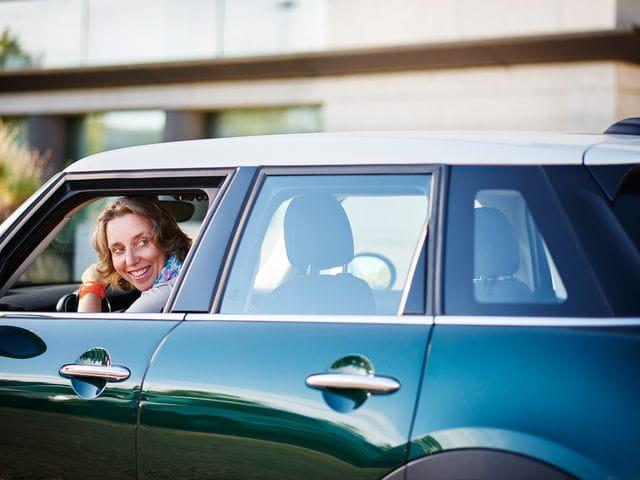 Vorsicht beim Rückwärtsfahren – neue Haftungsquoten bei Parkplatzunfällen