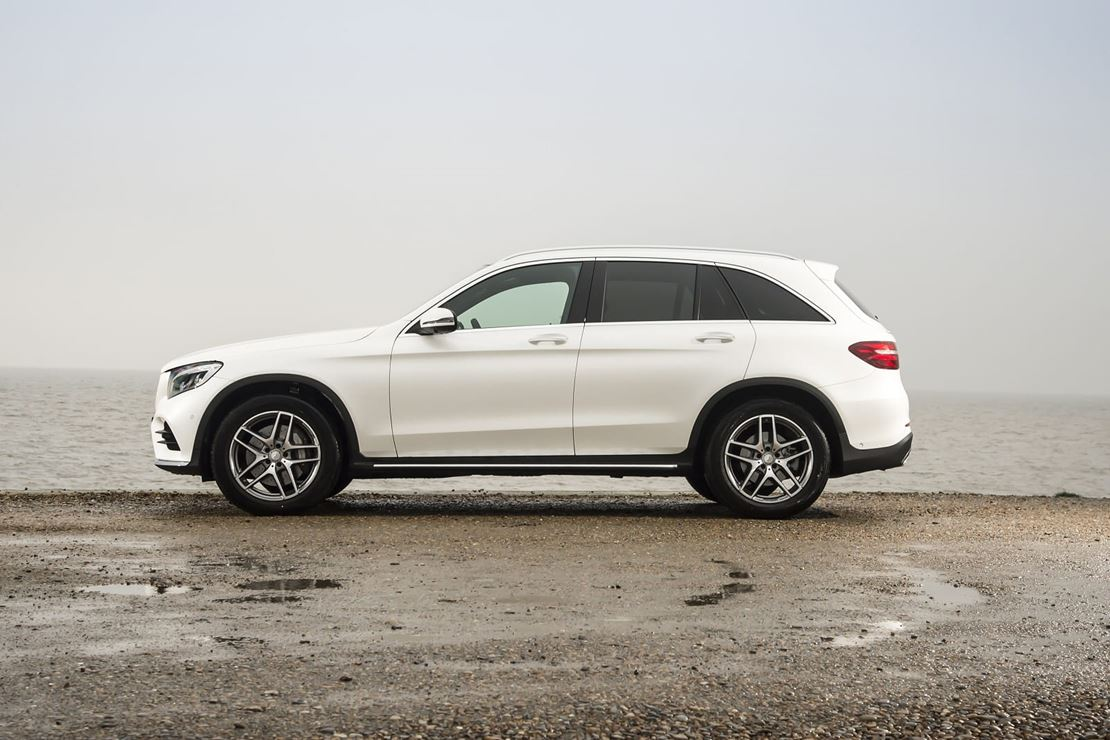 mercedes benz glc 250 4matic sport premium 5dr 9g tronic estate currently out of stock. Black Bedroom Furniture Sets. Home Design Ideas